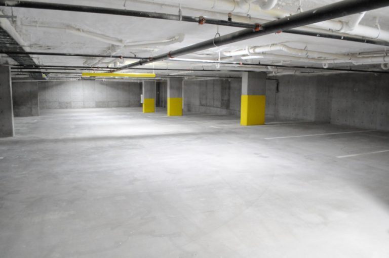 Gallery - Garages at Salt Flats Landing Apartments